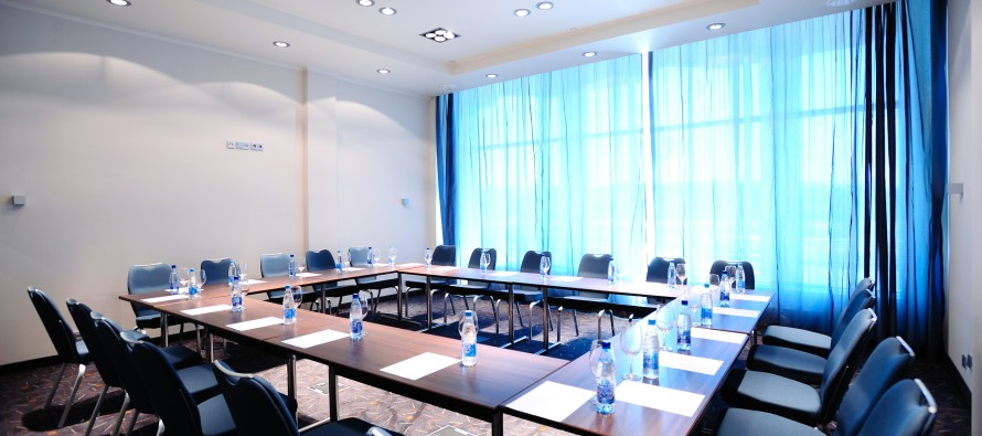 Конференц-зал и переговорная комната
