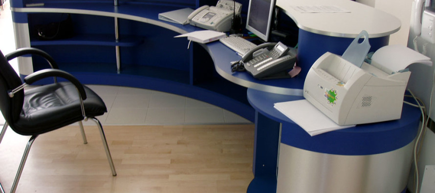 Преимущества оригинальной мебели в офисе