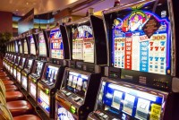 Обзор игрового автомата Fenix Play 27